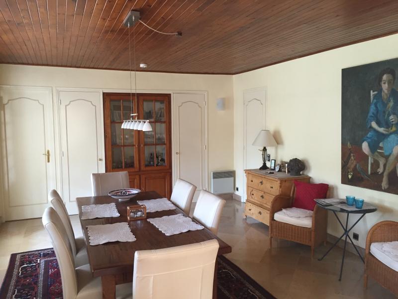 weitere bilder ferienhaus roquebrune sur argens. Black Bedroom Furniture Sets. Home Design Ideas