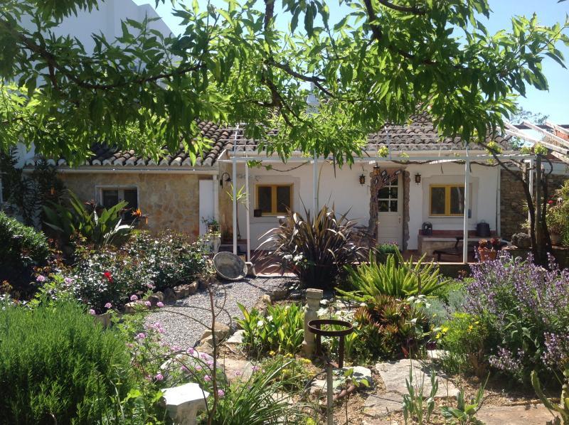 ferienhaus an der ostalgarve in moncarapacho portugal von privat zu vermieten. Black Bedroom Furniture Sets. Home Design Ideas