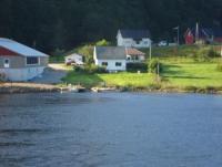 Südnorwegen: Zweistöckiges Ferienhaus am Ortsrand von Sira von Privat zu vermieten.