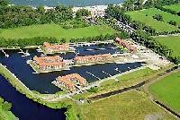 Ferienwohnung am Stettiner Haff (5 Min. zum Sandstrand) direkt am Yachthafen privat zu vermieten