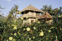 Ferienhaus auf Bali am Rande des ursprünglichen Dorfes Manuksesa unweit von Singaraja.