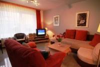 Sylt: Ferienwohnung 1 an der Grenze Westerland mit einem separatem Schlafraum, Terrasse, Internet