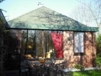 Ferienhaus SEELUFT in Herkingen am Grevelingenmeer zu vermieten - Garten mit Liegewiese.