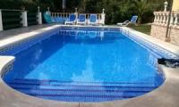 Ferienhaus mit Pool,2 getrennte Wohnungen, Liegewiese,Terrassen, an der Costa Brava zu vermieten