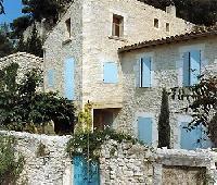 Malerisches Natursteinhaus in Boulbon bei Avignon/Provence mit idyll. Garten + sonniger Ausichtslage