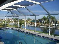 Ferienhaus in Florida mit sehr großem Pool und allen notwendigen Extras, incl. Kinderspielzeug.