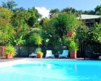 FKK Ferienwohnungen in Guadeloupe in der Karibik mit Swimmingpool und großem Garten zu vermieten