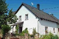 Komfortables 4-Sterne-Ferienhaus mit Garten nahe Eifelsteig und Lieserpfad in der Vulkaneifel!