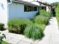 Das Ferienhaus mit sonniger Terrasse und 2 Schlafzimmern bietet Platz für 5 Personen!
