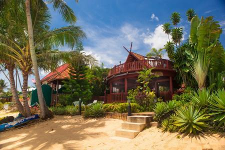 Ferienhaus in Bang Por Beach, Maenam