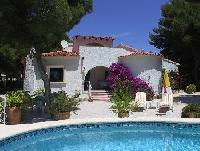 Ferienhaus 'Pinos-Mar' mit Pool und großer Sonnenterrasse an der Costa Blanca in Spanien