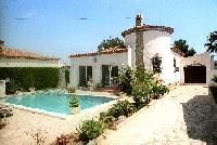 Ferienhaus mit Pool und sch�nem Garten in Miami-Platja -Tarragona an der Costa Daurada. Costa Dorada