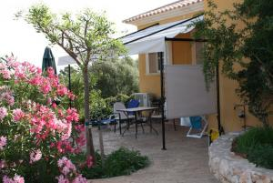 Apartment Llimonera for 2 pers. aircondition, WLan