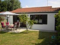 Gepflegtes, komfortables Nichtraucherferienhaus ('Dünenhaus') an der belgischen Küste in Bredene.