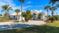 Traum - Villa am See mit eigenem Pool und riesiger Liegefläche in Cocoa Beach / Rockledge