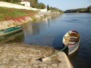 ... Touren im eigenen/gemieteten Boot sind möglich