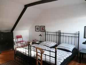 Schlafzimmer  LAMPALLEC  2