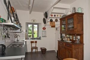 Küche  LAMPALLEC  2