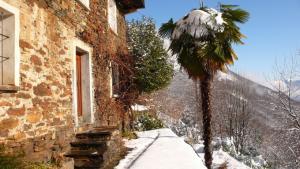 Snow covered terraces Casa Falmenta