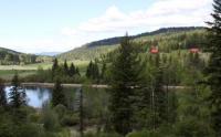 Kanada: Ferienhaus in British-Columbia an privatem See mit Bergblick im sonnigen Okanagan Valley