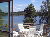 Ferienhaus direkt am Strand in Gislaved, Smaland, Südschweden, von Privat zu vermieten.