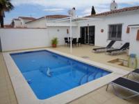 Ferienhaus mit beheizbaren Pool in Ampuriabrava - Empuriabrava an der Costa Brava zu vermieten.