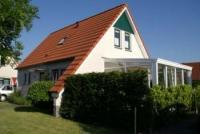 Ferienhaus mit Wintergarten, sonniger Terrasse und 3 Schlafzimmer bieten Platz für 6 Personen !