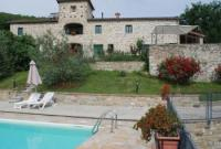 Tuscan charming villa with private pool surrounded by a large garden and with breathtaking view.