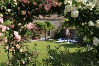 Ferienhaus in der Süd-Ardèche, Rhone-Alpen, Rosières mit Schwimmbad, Hammam, Jacuzzi, großem Garten