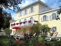 Im Haus 'casa gialla' befinden sich zwei schöne Ferienwohnungen mit traumhaften Seeblick.