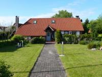 Die gemütliche und sehr gepflegte Friesenkate 'Wattwurm' liegt ca. 10 km von der Nordseeküste
