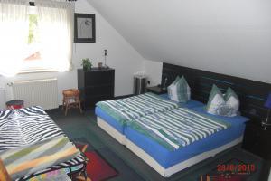 2. Schlafzimmer m. Kinderbetten