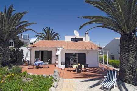 ferienhaus mit meerblick im naturschutzgebiet costa vincentina an der algarve in portugal. Black Bedroom Furniture Sets. Home Design Ideas