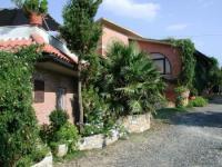 Toskana: 3 ruhig gelegene Wohnungen Platz für 3-9 Personen. Gedeckter Sitzplatz, Internet-Anschluss