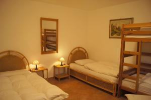 Wohnung Elegante: 4-Bett-Zi einzeln und Kajüte