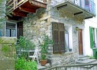 Privates Ferienhaus für 1 bis 5 Personen über zwei Etagen mit 2 Terrasse und zwei Balkonen.