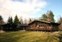 Das Ferienhaus FRIEDHELM ist ein super ausgestattetes Blockhaus mit 75 qm Wohnfläche für 5 Personen