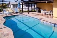 Wunderschönes Ferienhaus mit solarbeheizbarem Pool am See in Port Richey - Florida zu vermieten