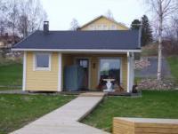 Das kleine Strandhaus für maximal 3 Personen ist ideal für den Kurzurlaub in Finnland.