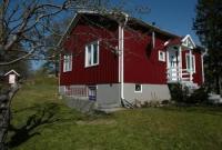 Gemütliches Schwedenhaus auf großem Grundstück, idyllisch gelegen, eigenes Kanu; mehrere nahe Seen!!