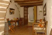 Rustikales Ferienhaus in einer malerischen Gasse des Dorfes Levkogia im Süden Kretas, Griechenland!