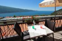 Ferienwohnung für 4 Personen mit wunderschönem Seeblick auf den Gardasee, Italien zu vermieten