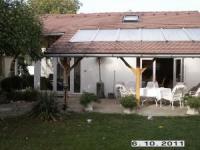 Das Haus bietet Platz für 4 Personen und kann mit Zusatzbetten auf 6 Personen erweitert werden.