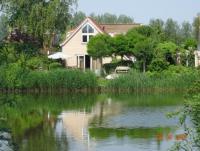Reif für die (Halb)insel?! Unser Haus am See bietet Platz für 6 Personen und allen Komfort