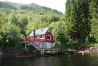 Ferienhaus in Stavenes, Norwegen, 35 Automin. von Bergen, direkt am Fjord von Privat zu vermieten.