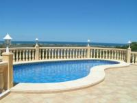 Spanien: Ferienvilla (4 Pers.) mit großem Terrassenbereich und traumhaftem Blick auf Meer und Berge