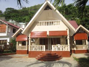 Seychellen-Ferienhaus mit Garten