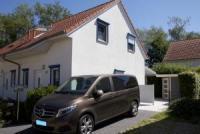 Ferienhaus, nur 150 m zum Strand, max. 4 Personen + 1 Kleinkind, Terrasse, PKW-Stellplatz am Haus