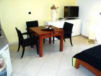 Ferienwohnung bis 6 Personen mit 1 Grossen Terrasse,1 Balkon und 2 Schlafzimmer