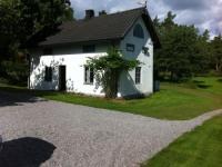 Ferienhaus SNÖVIT für 7 Personen in unserem großen Fruchtgarten auf einem früheren Bauernhof